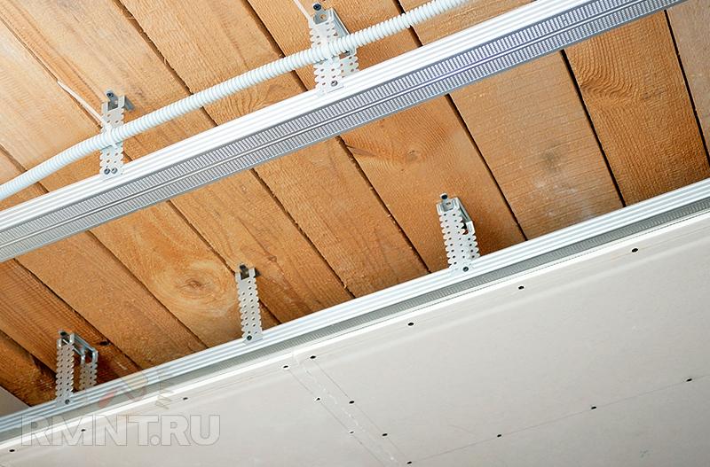 Гипсокартон на потолке в частном доме своими руками