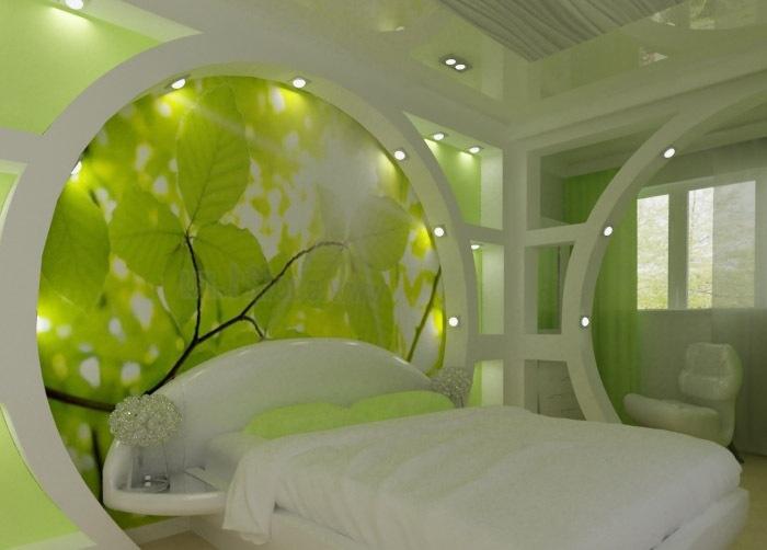 Дизайн стены в спальне из гипсокартона