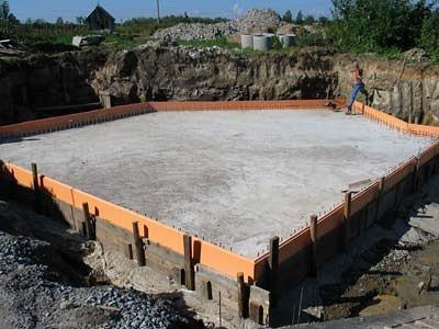 Монолитно-плитный фундамент