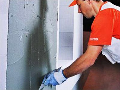 Как выровнять стены штукатуркой своими руками