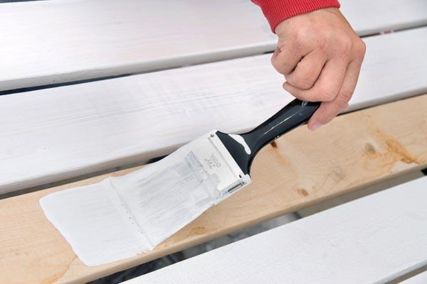 Грунтование деревянных поверхностей