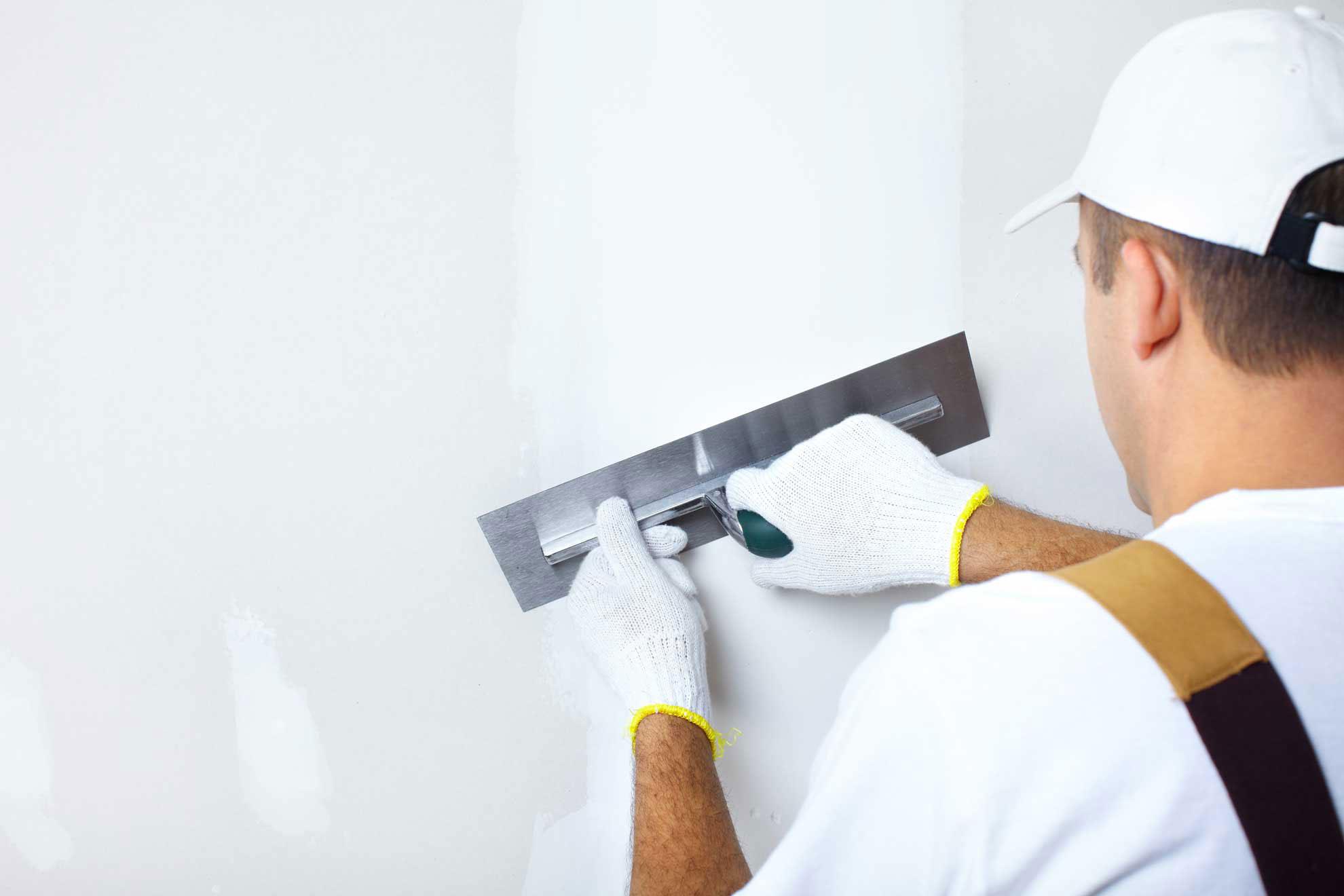 Шпаклевка стен под обои, кирпич, бетон, покраску