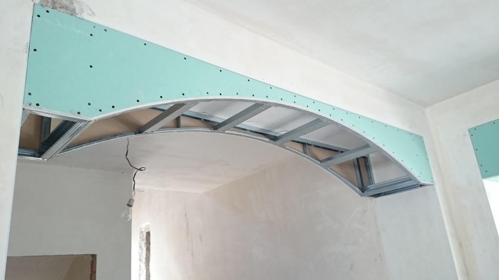Монтаж каркаса для арки