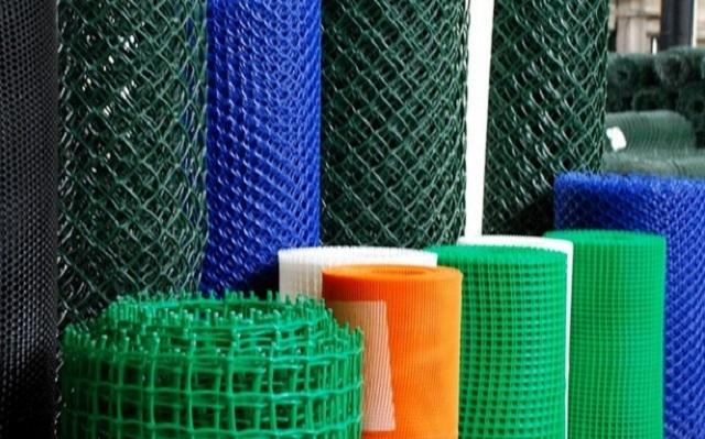Армирующая сетка из пластиа