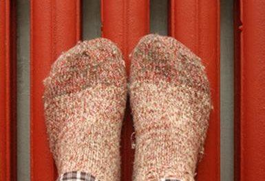 Ноги на радиаторе