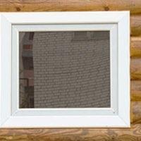 Как вставить пластиковое окно своими руками в деревянном доме: советы по установке