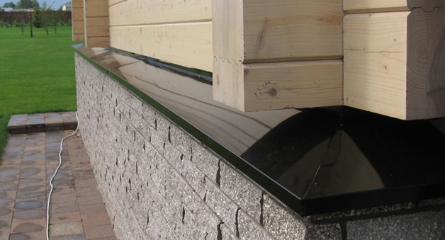 Металлические отливы для деревянного дома