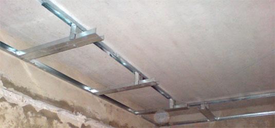 Установка каркаса для гипсокартона на потолке