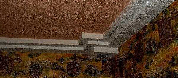 декоративная штукатурка на потолке фото в интерьере