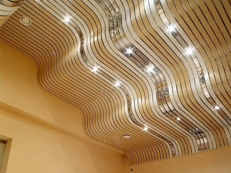 бюджетная отделка потолка в квартире