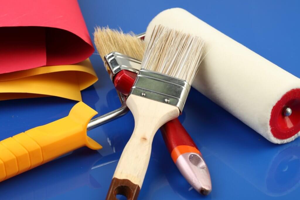 как выровнять потолок покрашенный масляной краской