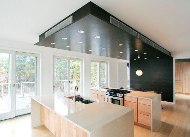потолок черного цвета в интерьере