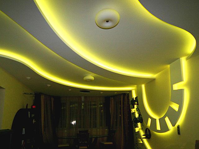 фигурные потолки со светодиодной подсветкой фото