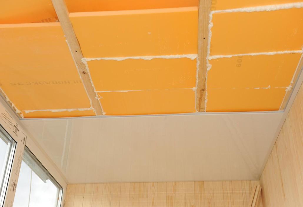 ремонт потолка на балконе