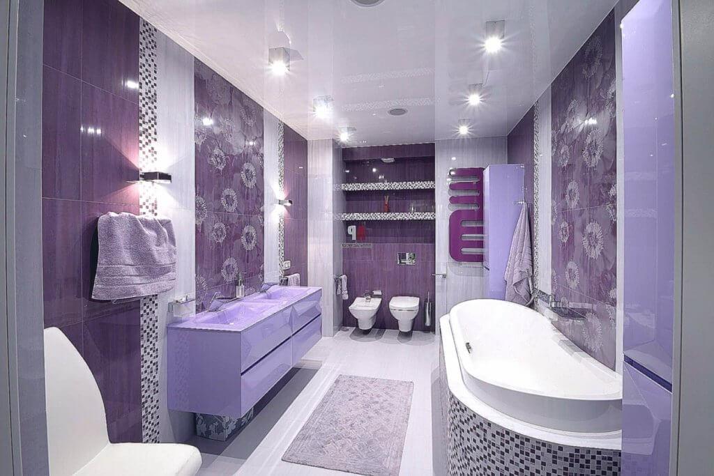 цвет потолка в ванной