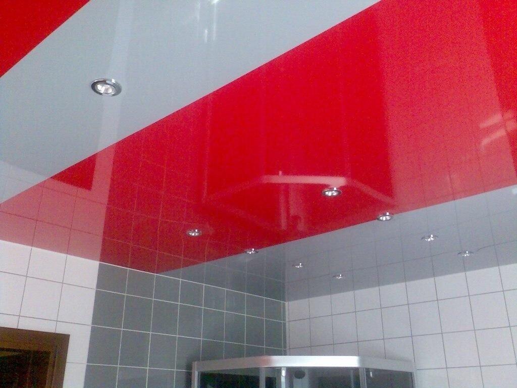 натяжные потолки из двух цветов бело красный