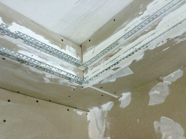 шпаклевка потолка из гипсокартона под покраску рабочие