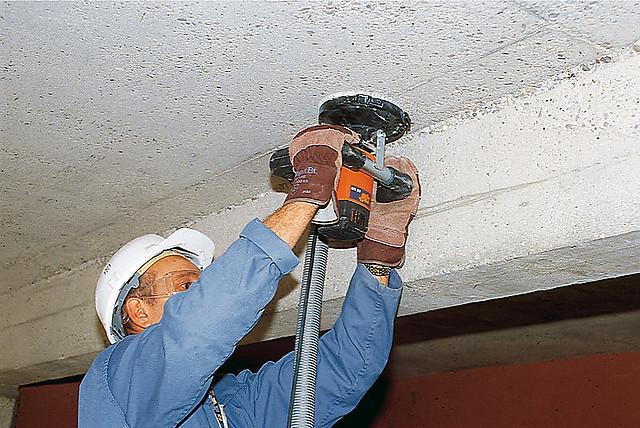 какой наждачкой затирать шпаклевку на потолке