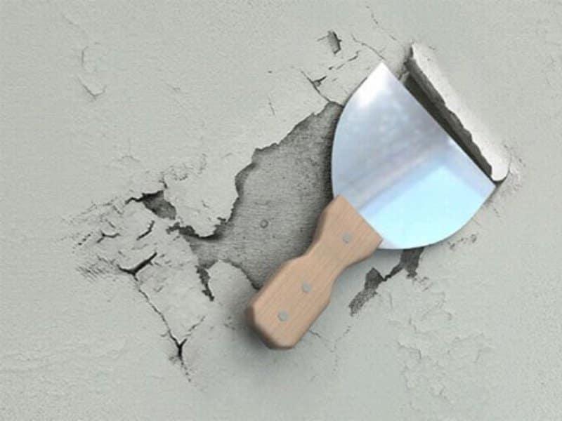 как удалить шпаклевку с потолка