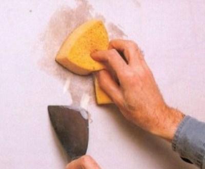 как отодрать шпаклевку с потолка
