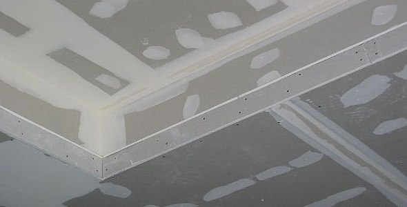 потолки из гипсокартона шпаклевание грунтовка и покраска