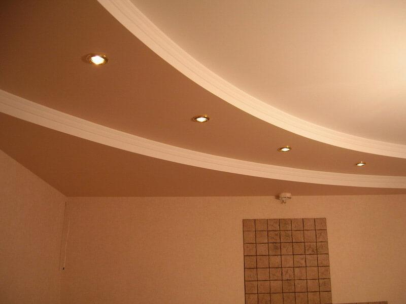 фигурные потолки для зала