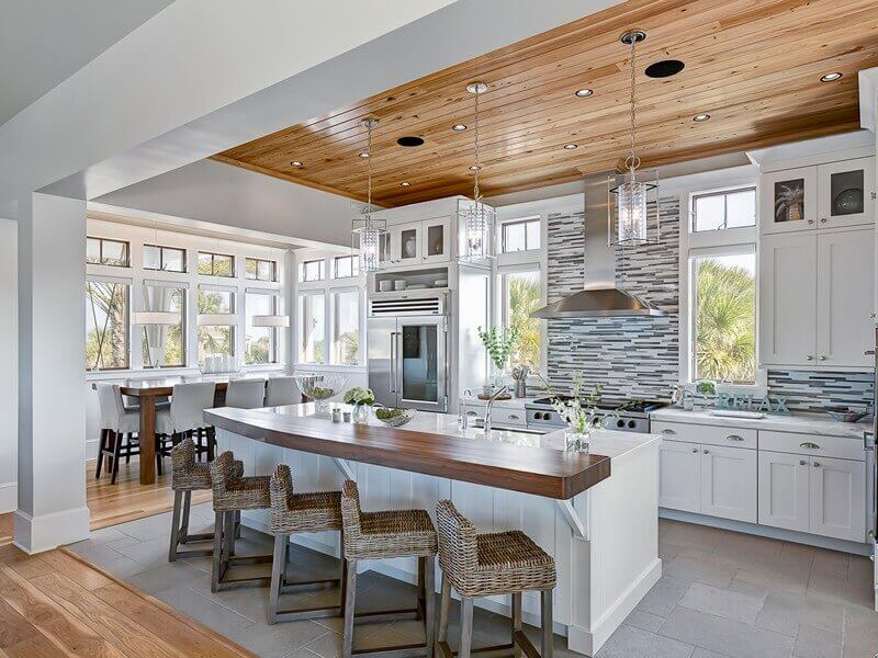 виды отделок потолка на кухне