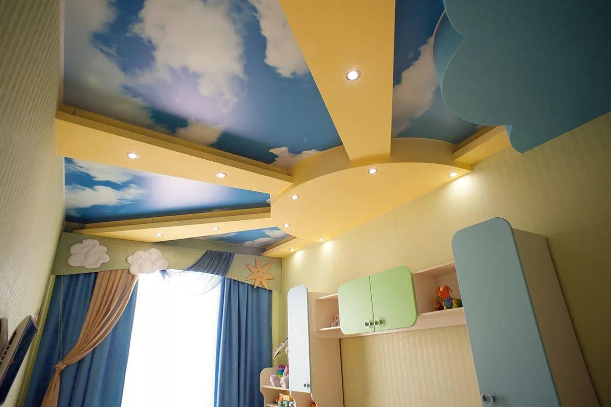 дизайн потолка в детской из гипсокартона