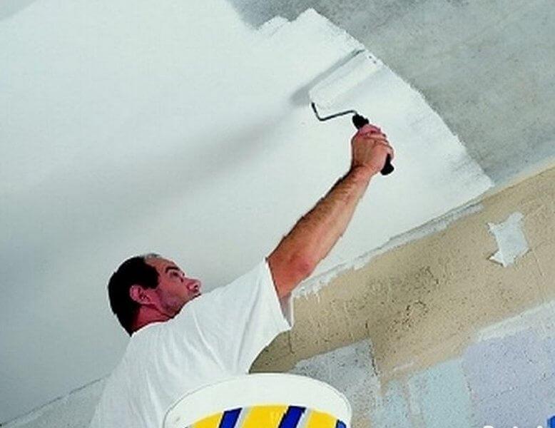 можно ли красить бетонный потолок без шпаклевки