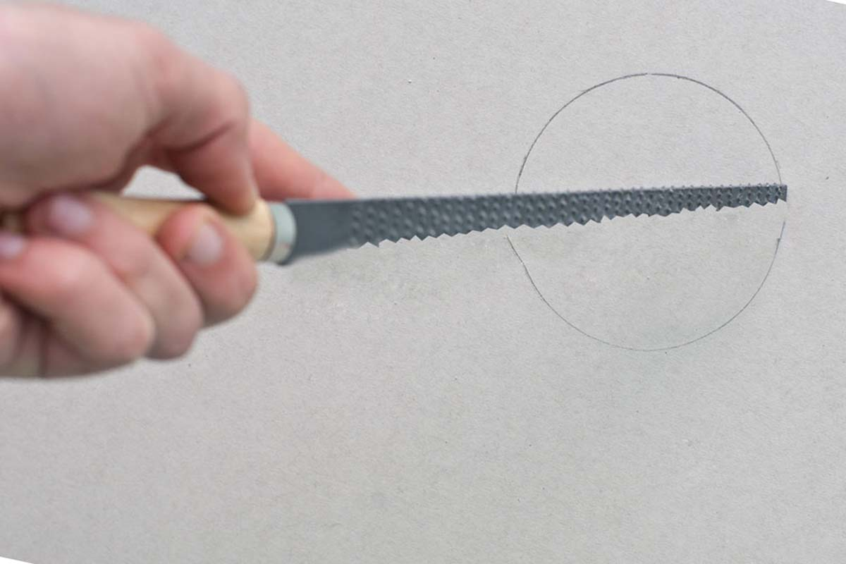 как резать гипсокартон