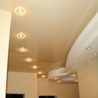 Установка точечных светильников в гипсокартонный потолок