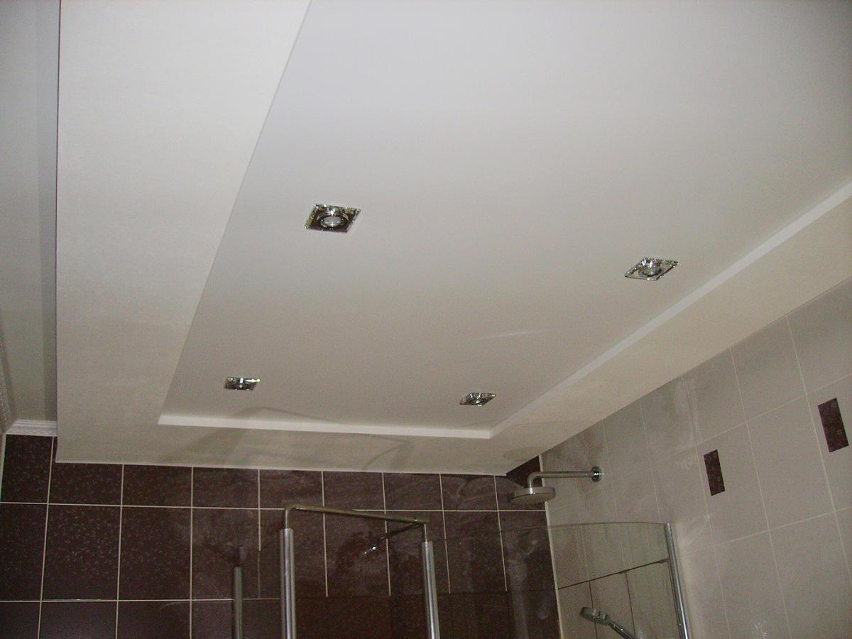 потолок из гипсокартона в ванной